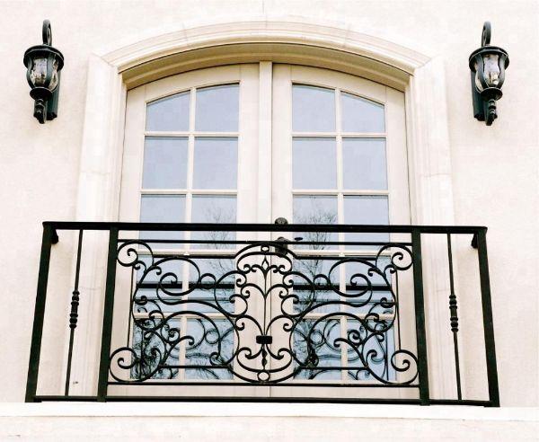 Fransız Balkonu Nedir?