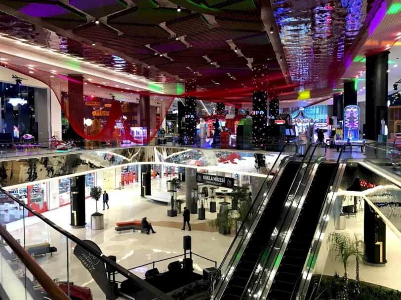 Metropol İstanbul Avm Mağazaları